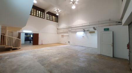 High Ceiling Indoor Studio Space